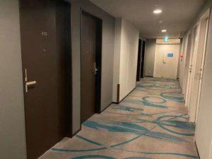 ホテルメッツ立川の廊下